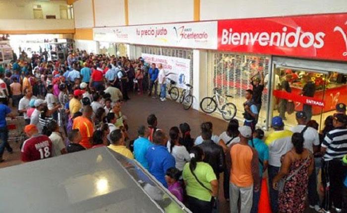 Gobierno admite que Abastos Bicentenario quebró en 2015