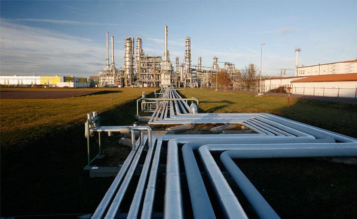 Petrolera-1.jpg