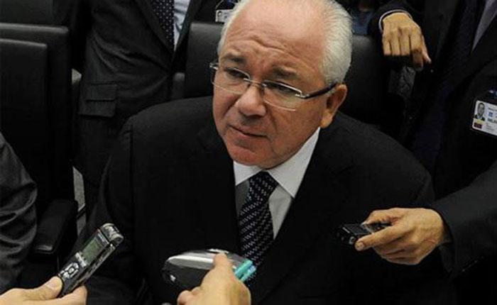 Rafael Ramírez dice no le preocupan investigaciones de EEUU