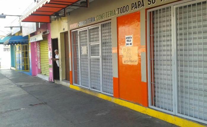 comercios cerrados Maracay