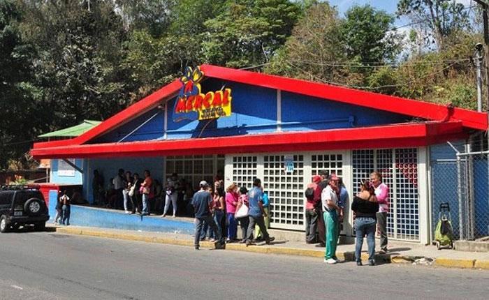 Mercal y Abastos Bicentenarios se quedan sin productos frente al Clap