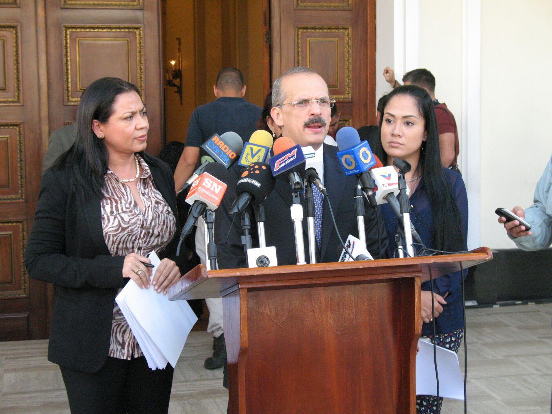 Proponen reforma legislativa para agilizar la recuperación de fondos y activos robados a la nación