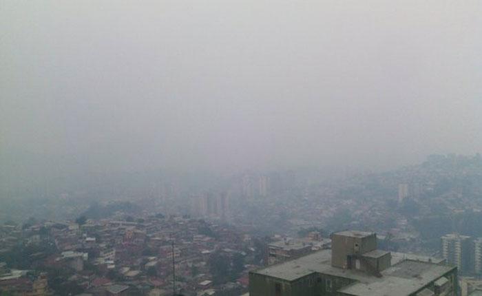 ¿A qué se debió el olor a humo en la Gran Caracas este lunes santo?