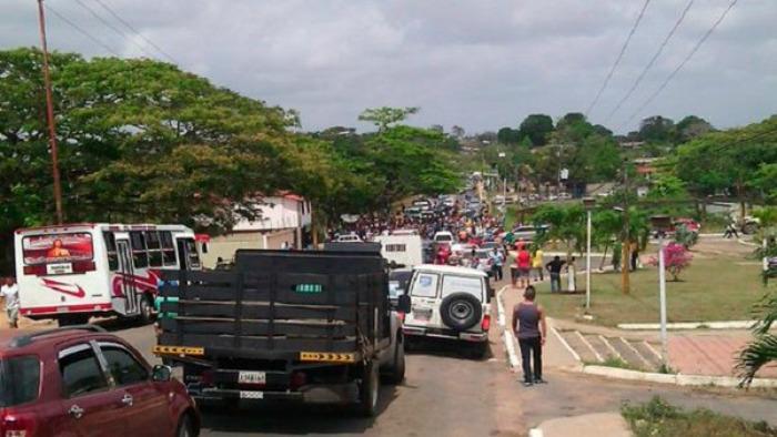 Manifestantes en Tumeremo: mineros fueron masacrados y desaparecidos