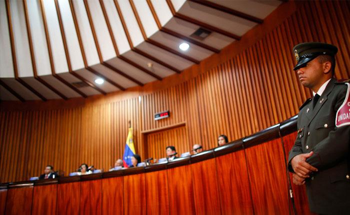 Acceso a la Justicia califica al TSJ como politizado y parcializado