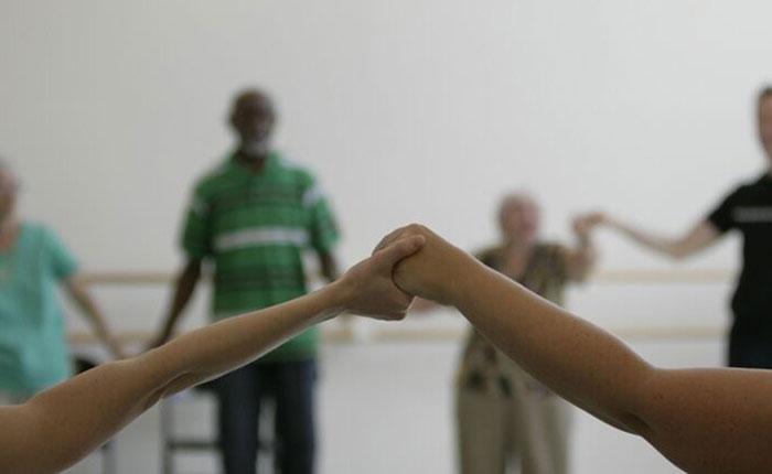 Bailar previene el Alzheimer