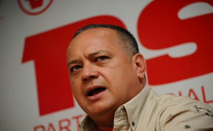 """""""Tienen un tira y encoge"""", dice Cabello sobre la MUD en la mesa de diálogo"""