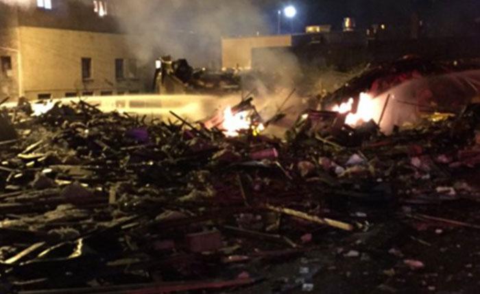Masiva explosión en Seattle deja nueve bomberos heridos