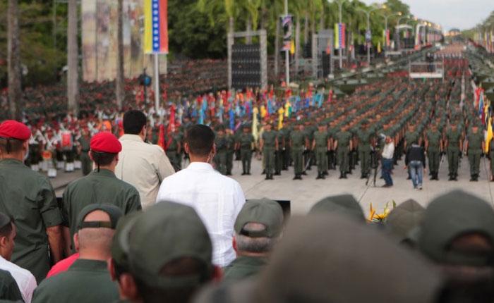 """Control Ciudadano: """"continúa la partidización política de los mandos militares en Venezuela"""""""