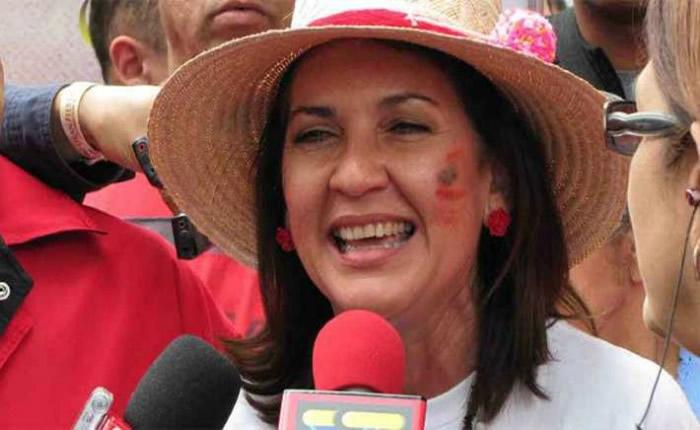 Para Jacqueline Faría el desempleo en Venezuela es culpa de Estados Unidos