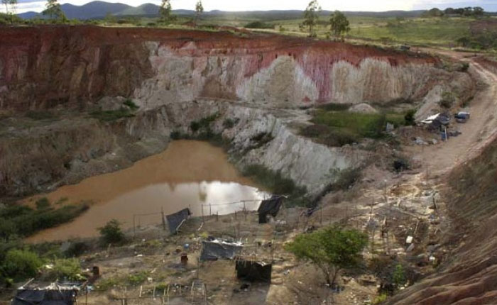 El Potro Vs. El Topo en el control de la minas en Tumeremo