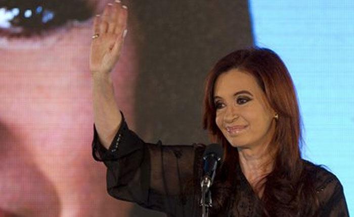 Cristina de Kirchner regresará a Buenos Aires a declarar por otro caso de fraude