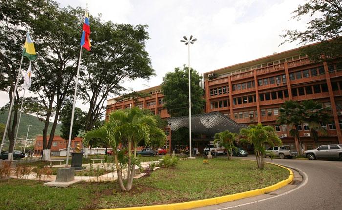 HospitalLeónRazetti.jpg