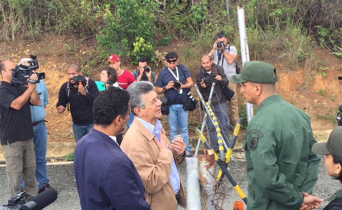 Impiden a Ramos Allup, Capriles y diputados visitar a Leopoldo López en Ramo Verde