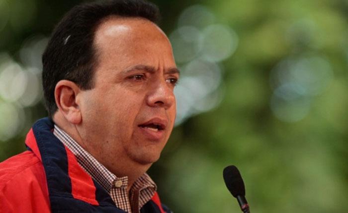 Marco Torres: Los CLAP distribuirán 70% de los alimentos