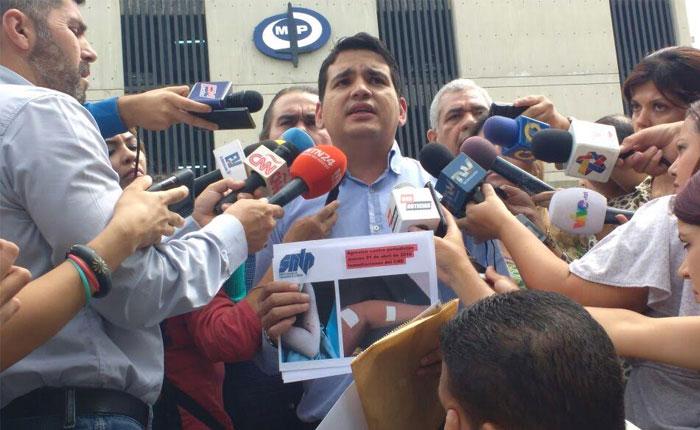 Protestan en el Ministerio Público para exigir investigación de los delitos contra periodistas