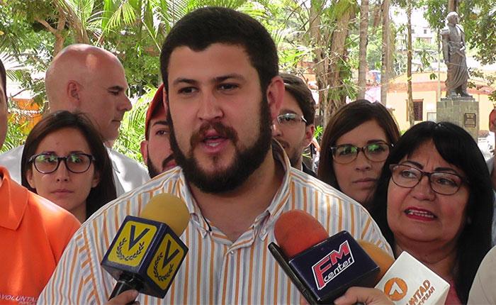 Visitarán a Leopoldo López en Ramo Verde para buscar su firma por el revocatorio