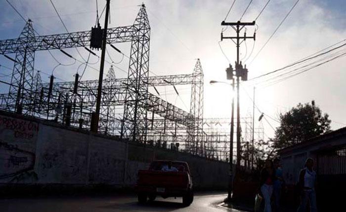 Calculan que solo funciona un tercio de la capacidad instalada de termoeléctricas e hidroeléctricas