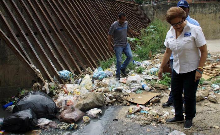 Alcaldesa Metropolitana: Colapso por lluvias es debido a la falta de preparación del Gobierno