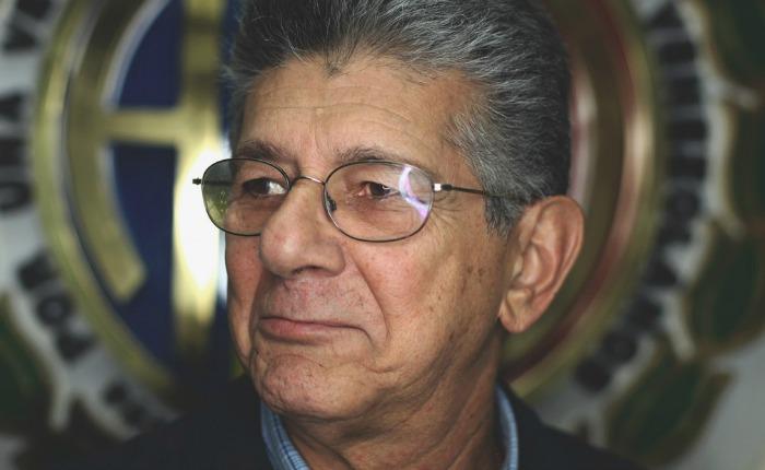 Ramos Allup a Escarrá: No discuto con payaso sino con dueño del circo