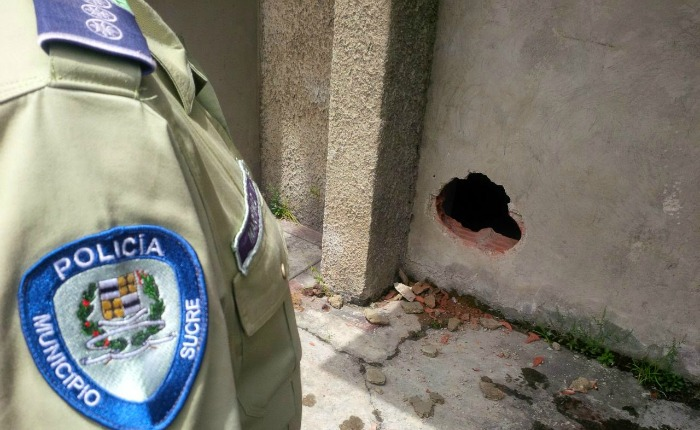 Reportan fuga de nueve detenidos de calabozos de Polisucre
