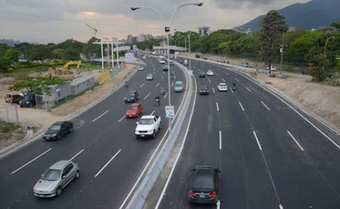 AutopistafranciscoFajardo1.jpg