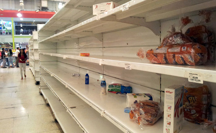Crisis alimentaria causa doble carga de malnutrición en Venezuela