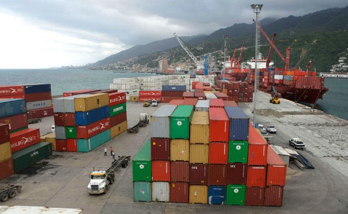 Exportaciones venezolanas hacia Colombia caen 31% en primer trimestre del año, según Cavecol