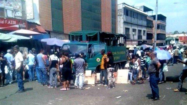 Guatire-protesta-comida.jpg