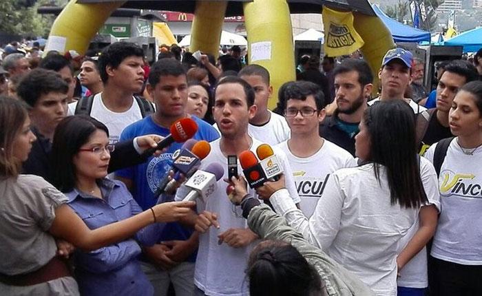 Hasler Iglesias: No nos hace falta que ningún político nos convoque