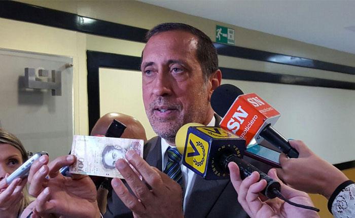 Comisión de Finanzas de la AN propone imprimir billetes de mayor denominación