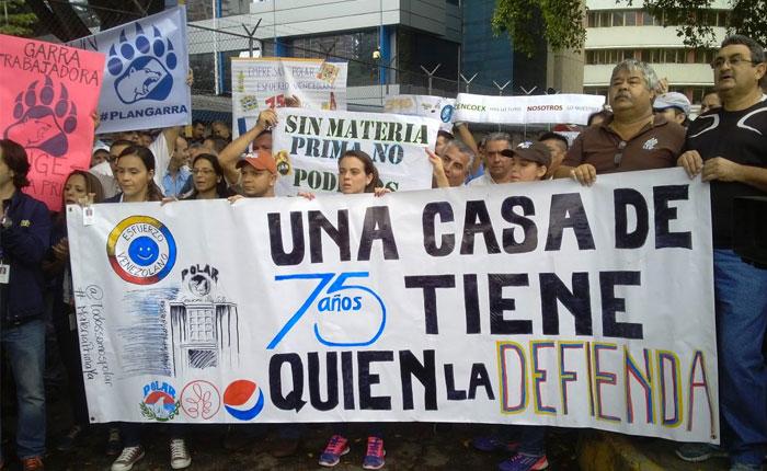 FOTOS Trabajadores de Empresas Polar piden en Cencoex las divisas para pagar proveedores