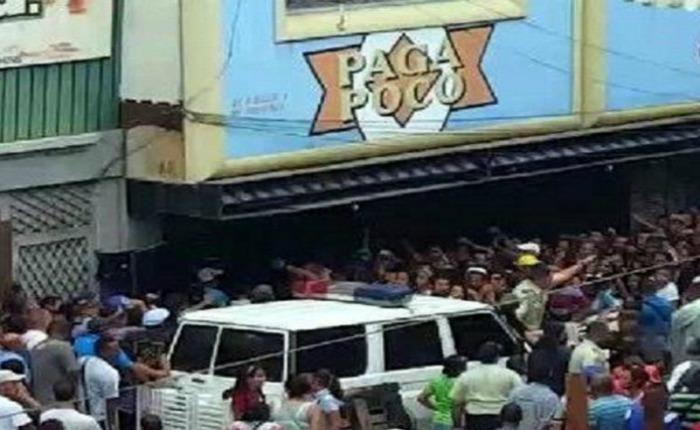 GNB detuvo intento de saqueo en supermercado Paga Poco de Guarenas