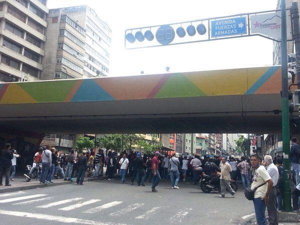 Av.FuerzasArmadas2.jpg
