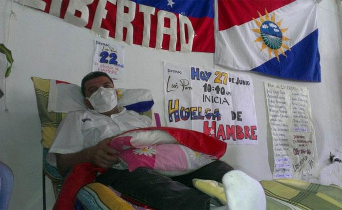 Diputado Luis Parra ya tiene 48 horas en huelga de hambre para exigir liberación de presos políticos