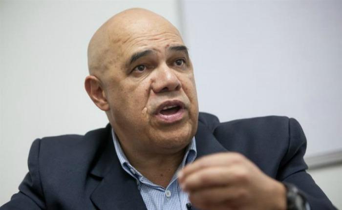 Chúo Torrealba calificó de patética solicitud de Jorge Rodríguez al CNE de recolectar 20% de las firmas en un día
