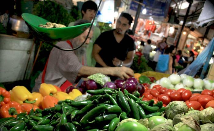 Canasta alimentaria de los trabajadores subió Bs 43.971,57 en julio