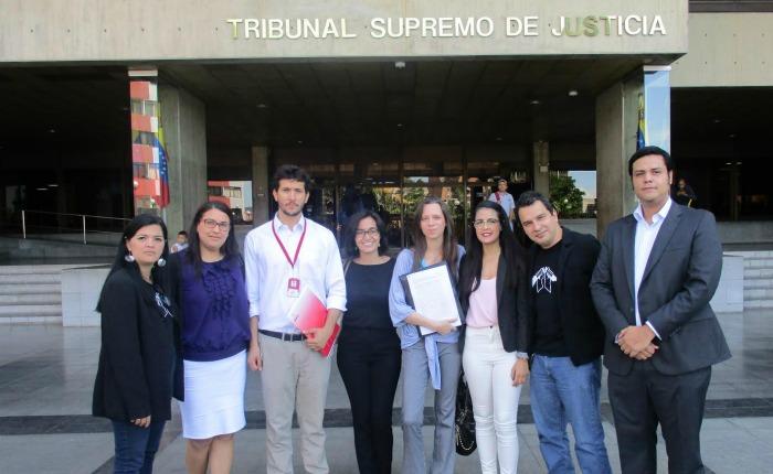 ONGs solicitan al TSJ que Registro MIlitar deje de ser obligatorio