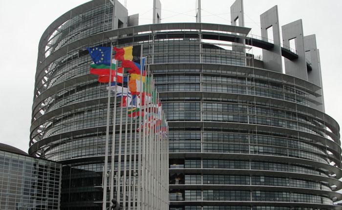 Unión Europea respalda mediación de Zapatero, Fernández y Torrijos por diálogo en Venezuela
