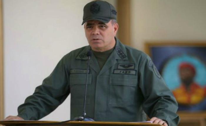 """Padrino López tildó de """"ridículas"""" sanciones de EEUU a militares venezolanos"""