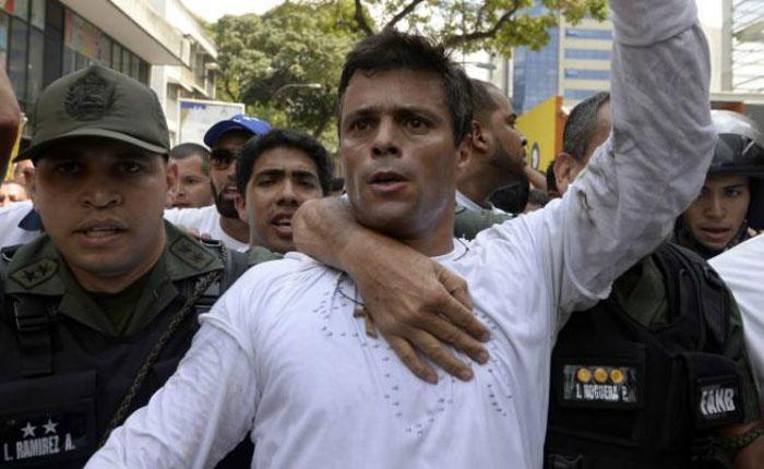 Abogados españoles viajan a Caracas para apoyar en audiencia de Leopoldo López