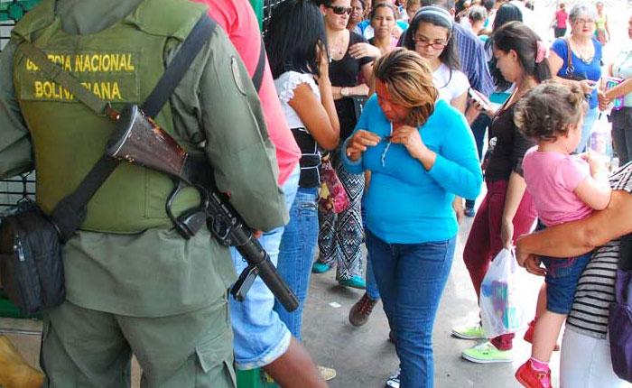 Diputada Betsy Bustos: Militarizar distribución de alimentos no resolverá problemas de escasez ni desabastecimiento