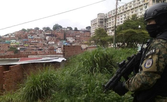 Cinco muertos y 17 detenidos tras despliegue de OLP en el 23 de enero