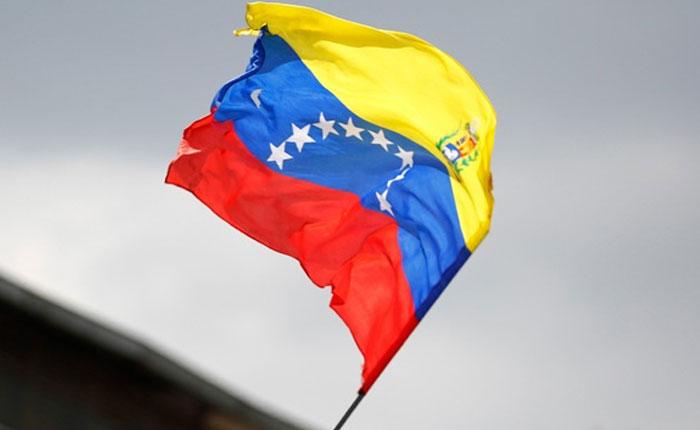 BanderadeVenezuela2