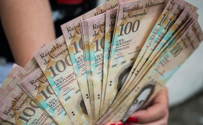 Toda persona que circule con grandes cantidades de billetes de Bs. 100 será detenida