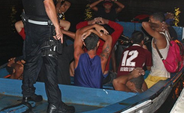 Guardia Costera detuvo a 20 venezolanos intentando ingresar ilegalmente a Curazao