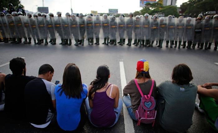En Venezuela hay un cuestionado derecho a la manifestación
