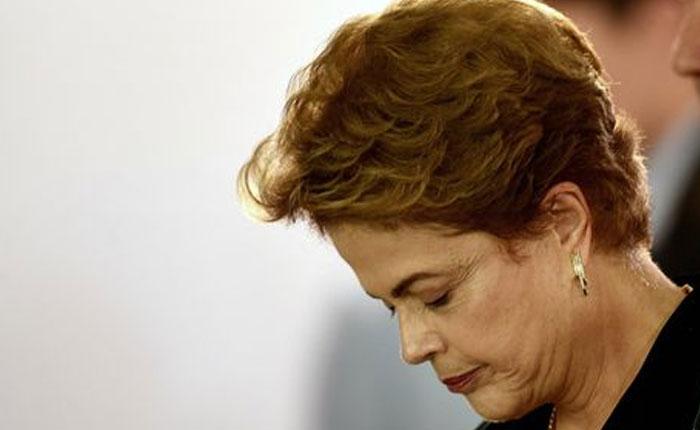 Rousseff insiste en que anulen su destitución