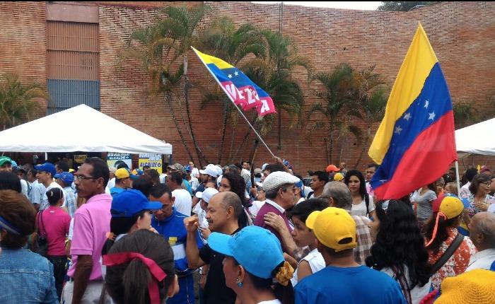 FOTOS #7S  Así exigieron las regiones ante el CNE activar el revocatorio