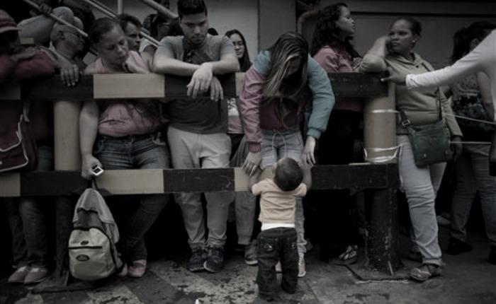 Tetas secas, por José Domingo Blanco